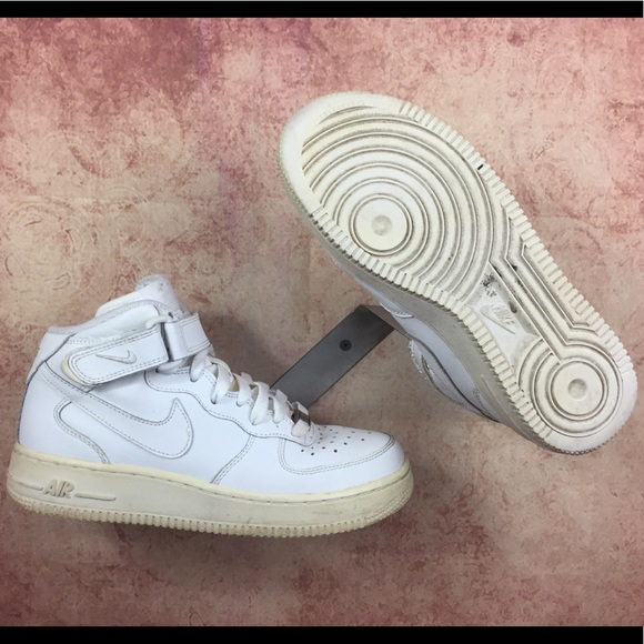 4145eec4a7 Nike Air Force 1 Mid (GS) Big Kids Sz 5y s231